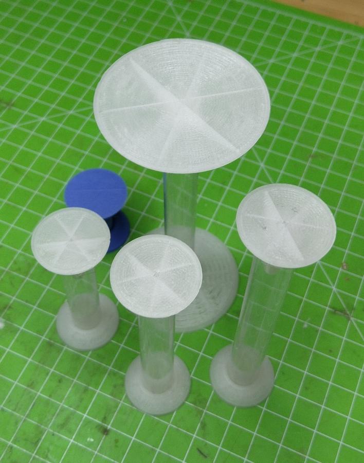 MITS - Modulare integrierte Schweb-Trumm für Rollenspiel-Karten